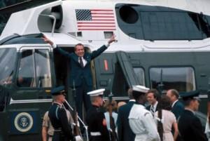 Nixon leaving the White House