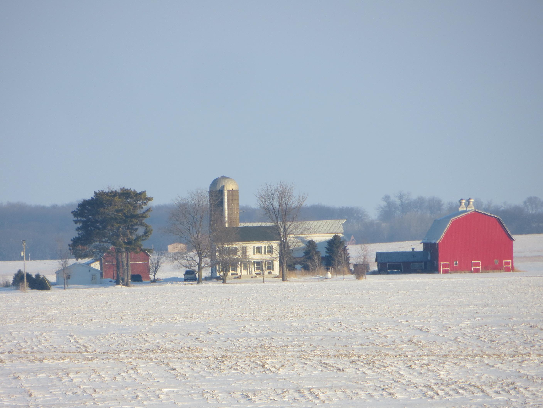 20140120_01_Farm_near_Dixon_Illinois_(15510168097)